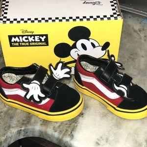 Disney X Vans Old Skool